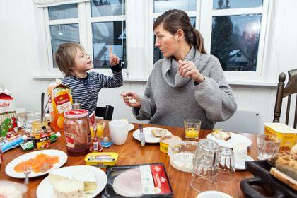 Planlegg måltid i lag med dei små.