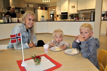 Emil ville ha hele familien med på kake