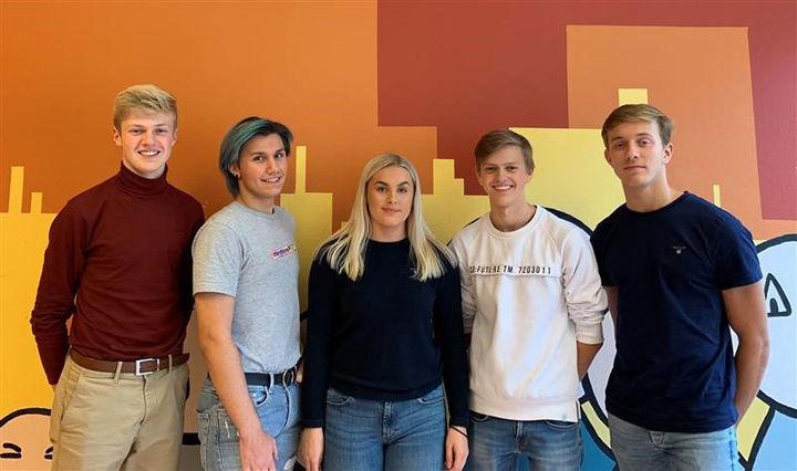 5 elever ved Høyanger vgs som utgjør elevrådsstyret