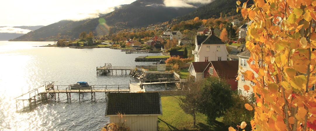 Balestrand sett frå rådhuset i Balestrand, foto JH