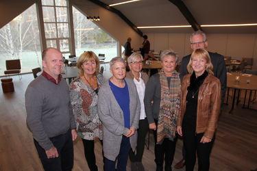 NED-prosjektet for redusert sykefravær handler om at alle ser hverandre. Her er fra venstre:Olve Molvik (KS), Marit Towsen (KS), Mary Anne Nilsen (Fagforbundet), Kate Joreid (rådgiver), Reidun Løvås (Fagforbundet), Heidi Engestøl (org.sjef) og Svein