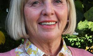 Kristin Lauvdal, personal og lønn