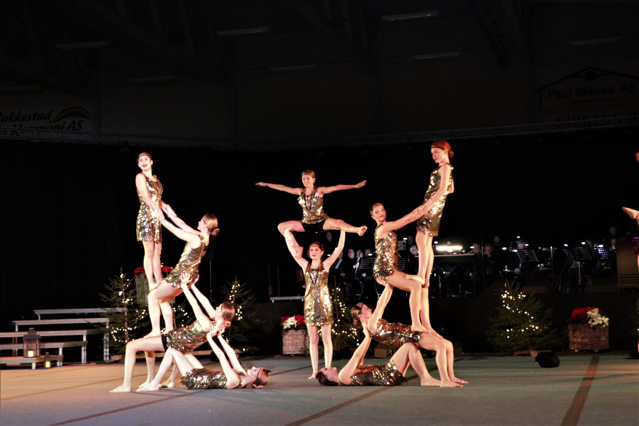 Jubileumsshow 2019 pyramide