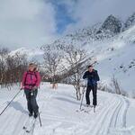 Det tråkkes skispor flere steder i Lakselvbukt. Sjekk skisporet.no for oppdatert informasjon! Foto: Tine Marie Valbjørn Hagelin