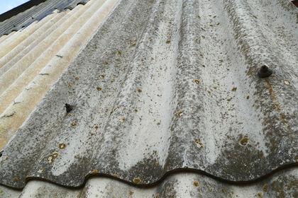 Eternittak inneheld asbest