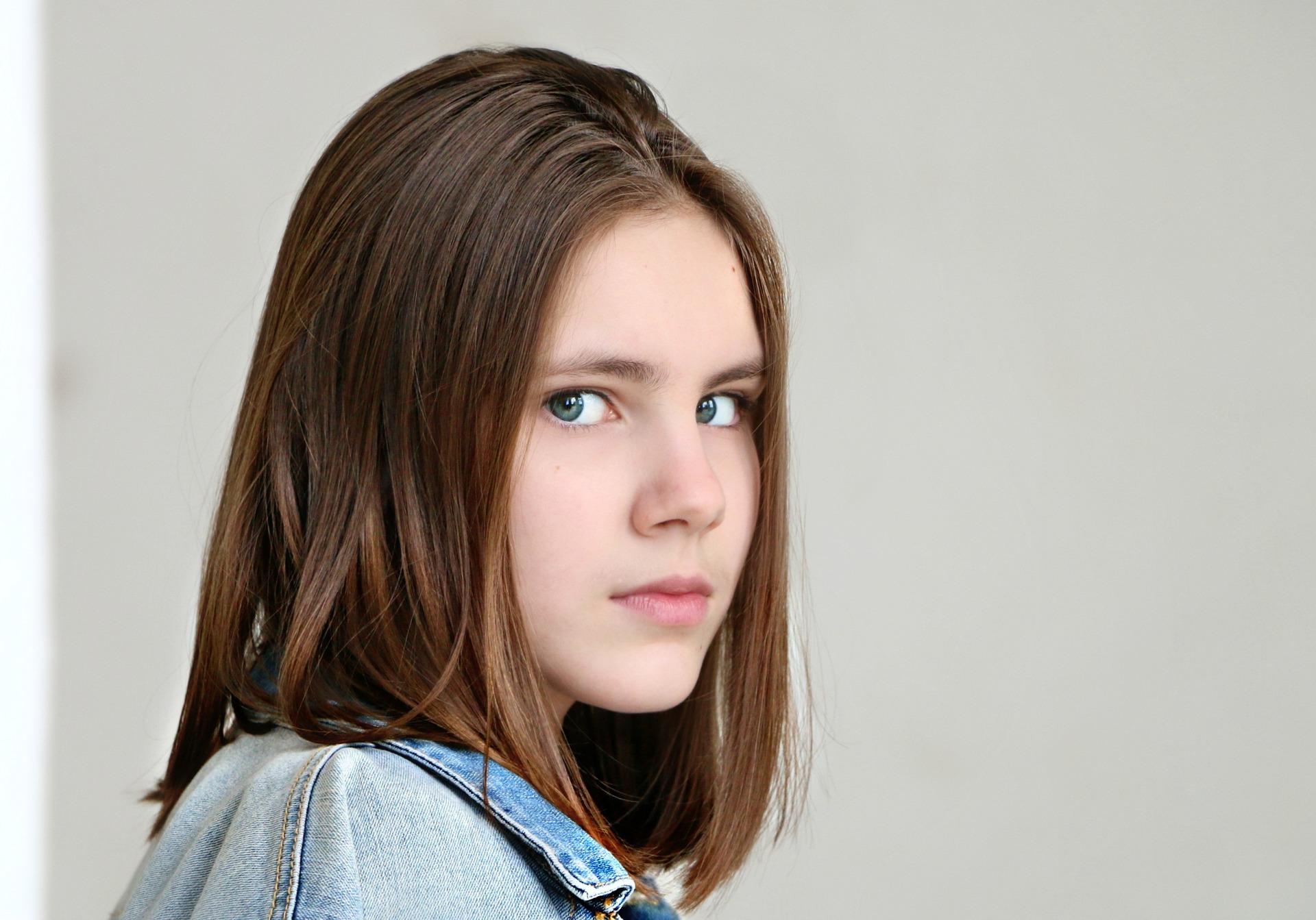 girl  1422356  1920