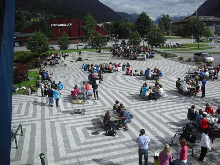 Kåre Roseths plass   Foto: Johanne Elisabett Sørdal