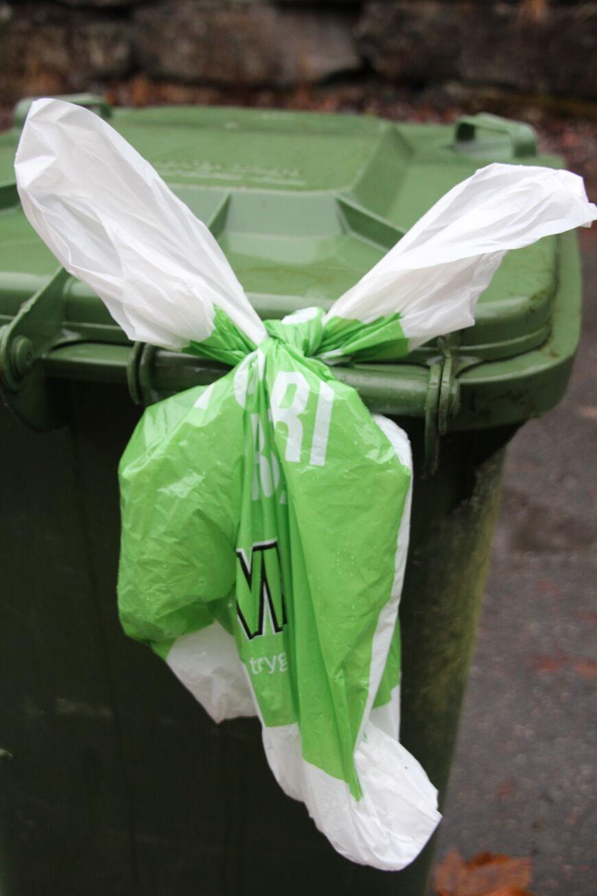 Kva avfallsdunk du knyt ein pose på, bestem kva du får utlevert.