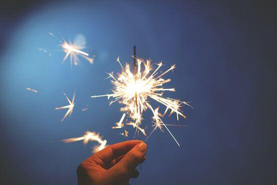 sparkler-839831_1920