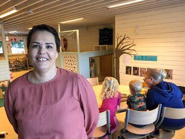 Styrer ved Barnestua barnehage, Mette Andreassen, er mektig imponert over ansatte og foreldre.