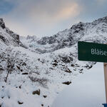 På posten Blåisen kommer du nært på isbreen med samme navn. Foto: Solveig Enoksen