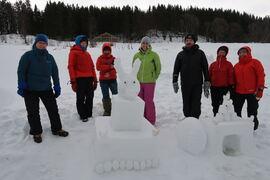 Deltakere på snøformingskurs