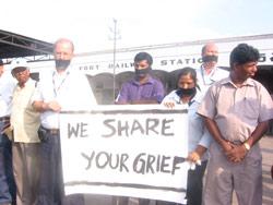 FORUT-ansatte  i markeringen mot drap på hjelpearbeidere