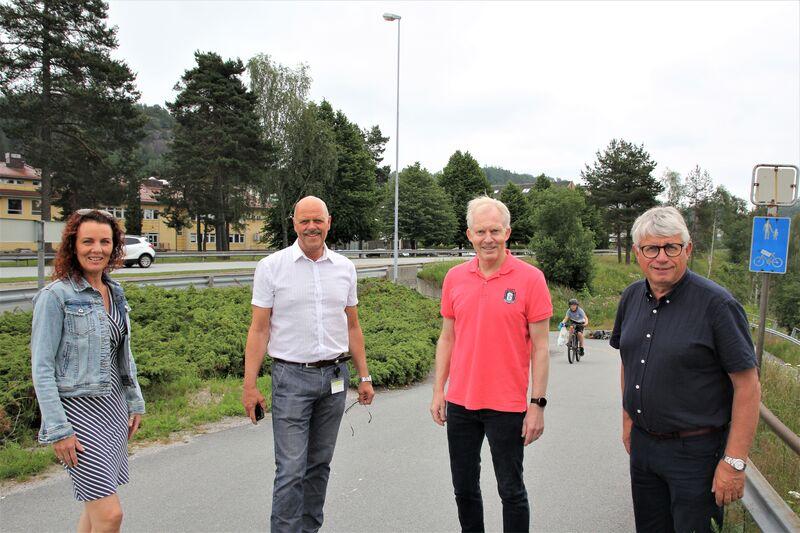 Disse fire ordførerne vil samarbeide om å få realisert den kortreiste bygda. Fra venstre: Gro-Anita Mykjåland, Nils Olav Larsen, Jan Oddvar Skisland og Arne Thomassen.