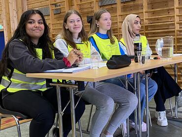 F.v. Line-Kristine Karlsen Holene, Embla Gjerde Sviggum, Marte Fardal Svangstu, Hiba Al Mobarak
