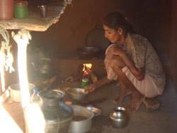 Kjøkkenet i flyktningboligen er svært enkelt