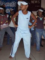Tushani elsker å danse