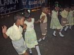 Mattakuliya-barn danser