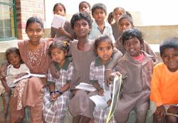 Barn som tas hånd om i Bangalore