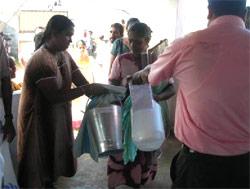 Utdeling av nødhjelpsartikler